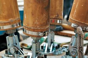 竹柱连接形式三-节点的钢板