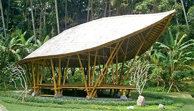 印尼:巴厘岛乌布瑜伽馆 竹景观