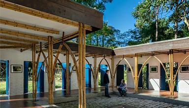 巴西:Catuaba竹艺术画廊 竹装饰