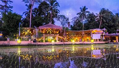 印尼:巴厘岛 阿卡莎餐厅 竹建筑