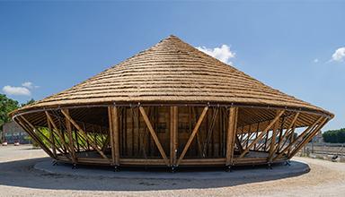 法国:壁画展览厅 竹建筑