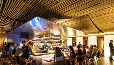 越南:酒吧 竹装饰