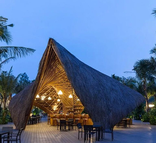 让人浏览往返的特色竹建筑之-火烈鸟竹结构展馆